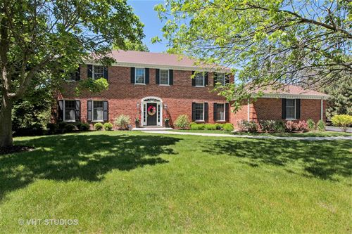 130 W Blackthorn, Lake Forest, IL 60045