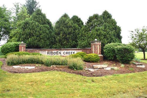 533 Birch Hollow, Antioch, IL 60002