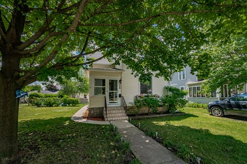 238 Ann, West Chicago, IL 60185