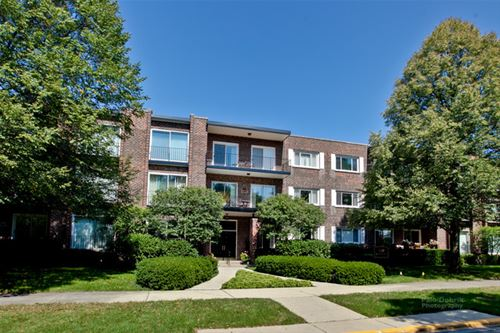 140 Franklin Unit 309, Lake Forest, IL 60045