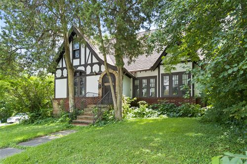 603 S 2nd, St. Charles, IL 60174