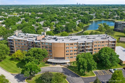 15 Bar Harbour Unit 6L, Schaumburg, IL 60193