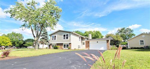 1615 Chesapeake, Hoffman Estates, IL 60195
