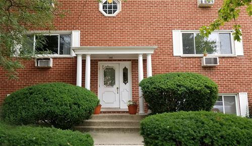 727 S Maple Unit 300, Oak Park, IL 60302