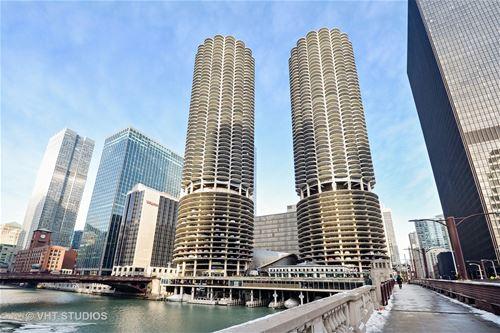 300 N State Unit 3830, Chicago, IL 60654 River North