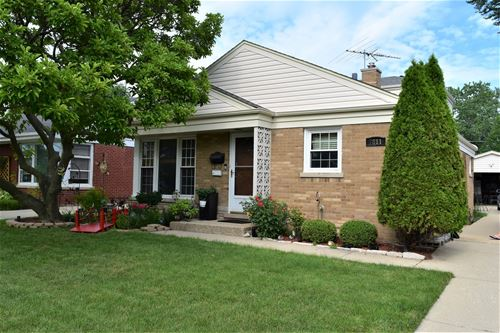 7811 N Odell, Niles, IL 60714