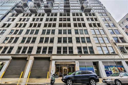 565 W Quincy Unit 1312, Chicago, IL 60661 The Loop
