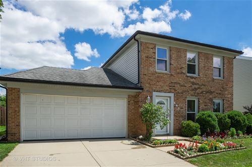665 Briarwood, Roselle, IL 60172