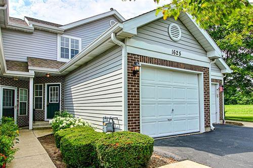 1625 Woodcrest, Mundelein, IL 60060