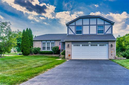 906 Woodbridge, Cary, IL 60013