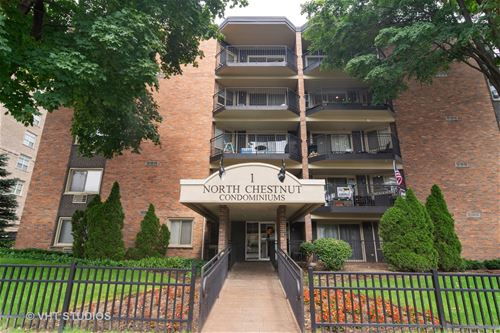 1 N Chestnut Unit 5G, Arlington Heights, IL 60004