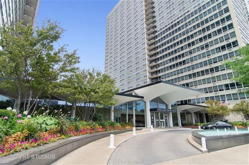 3550 N Lake Shore Unit 520, Chicago, IL 60657 Lakeview