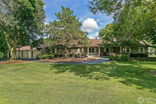 13 Grand Duell, Hanover Park, IL 60133