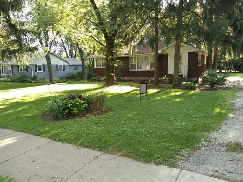 6211 Grand, Downers Grove, IL 60516