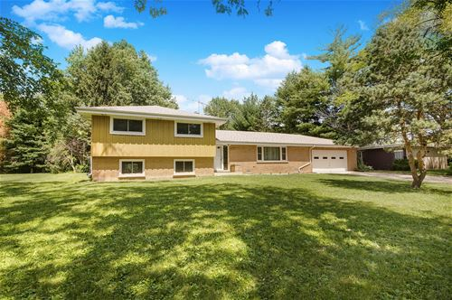 702 86th, Downers Grove, IL 60516