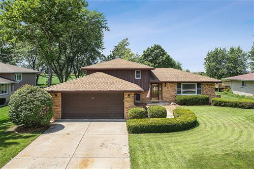 1701 Stonebridge, New Lenox, IL 60451