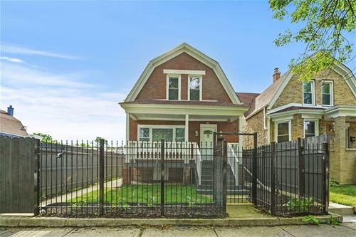 934 N Trumbull, Chicago, IL 60651