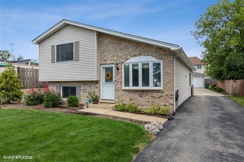 269 N Glade, Elmhurst, IL 60126