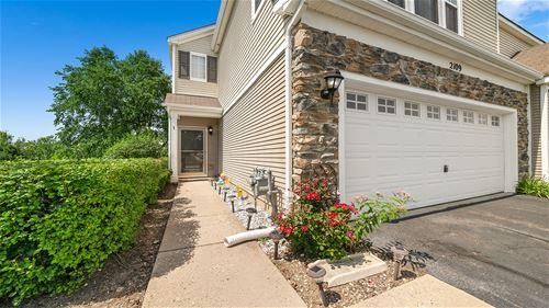 2109 Limestone, Carpentersville, IL 60110
