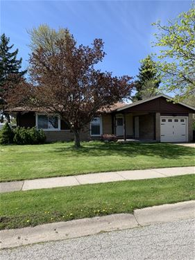 303 E Higgins, Elk Grove Village, IL 60007