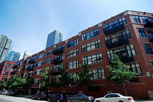 333 W Hubbard Unit 302, Chicago, IL 60654 River North