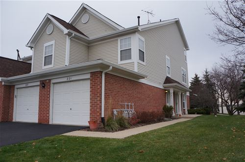 223 Mansfield, Roselle, IL 60172