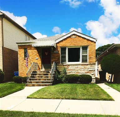 4824 N Oak Park, Chicago, IL 60656 Norwood Park