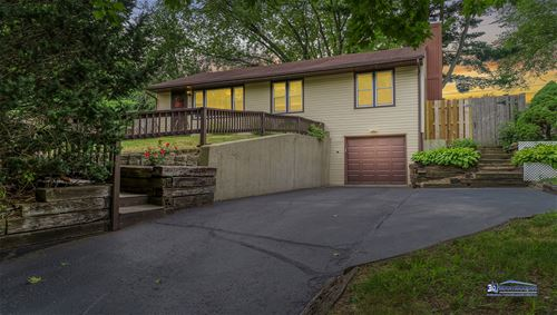 510 Willow, Lake In The Hills, IL 60156
