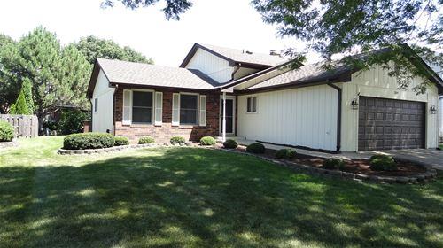 559 Tennyson, Wheaton, IL 60189