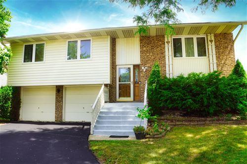 411 Beechwood, Westmont, IL 60559