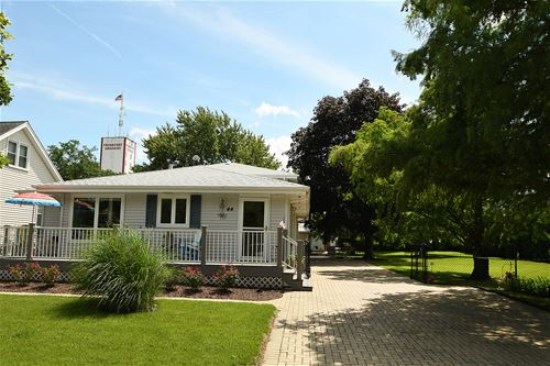 44 W Bowen, Frankfort, IL 60423