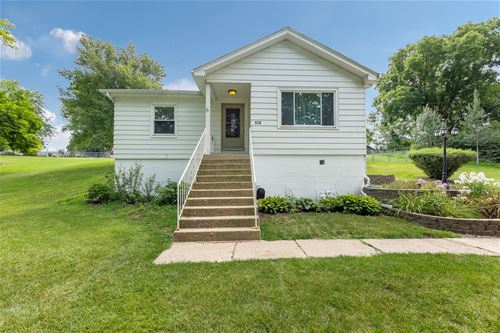 174 N State, Lockport, IL 60441