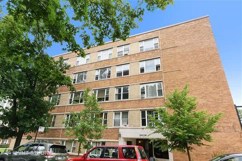 2424 W Estes Unit 4I, Chicago, IL 60645 West Ridge