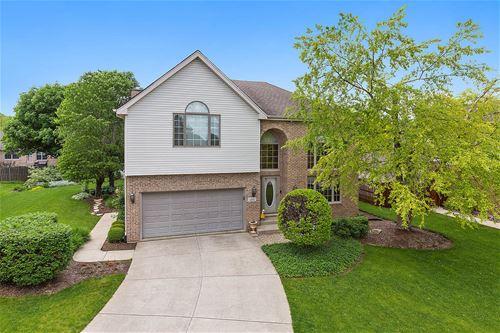 1205 Ryehill, Joliet, IL 60431