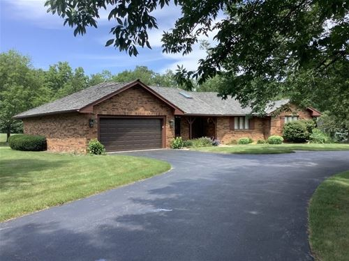 14344 N Dan Patch, Libertyville, IL 60048