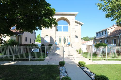 3920 N Pontiac, Chicago, IL 60634 Irving Woods