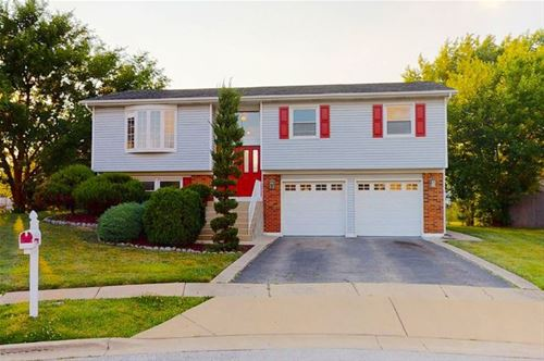 150 W Schubert, Glendale Heights, IL 60139