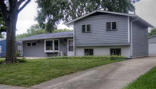 530 Redwood, Bolingbrook, IL 60440