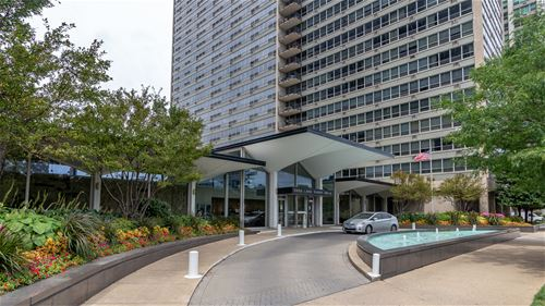 3550 N Lake Shore Unit 1301, Chicago, IL 60657 Lakeview