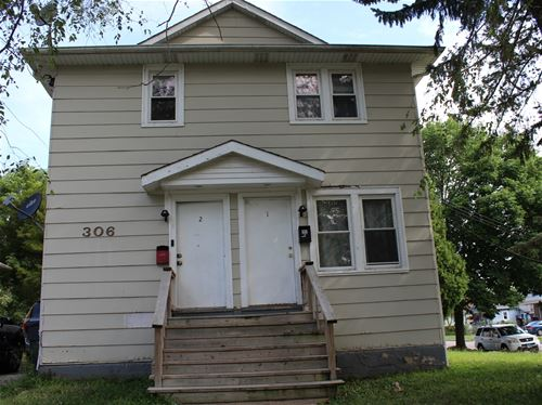 306 George, Waukegan, IL 60085