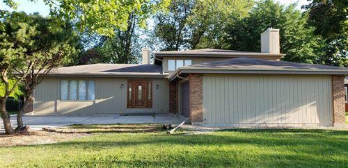 981 W Stearns, Bartlett, IL 60103