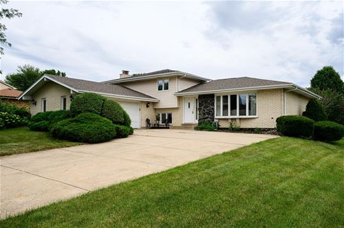 10S281 Suffield, Downers Grove, IL 60516