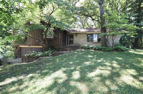 28W355 Indian Knoll, West Chicago, IL 60185