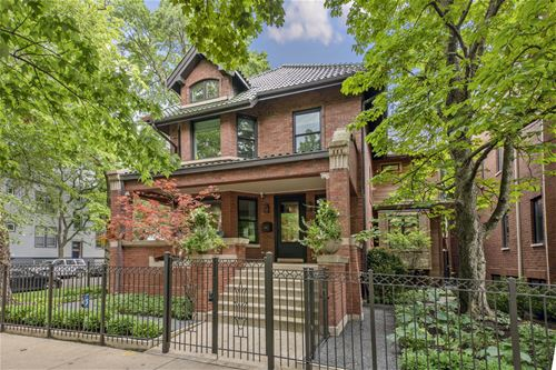 3657 N Greenview, Chicago, IL 60613 Lakeview