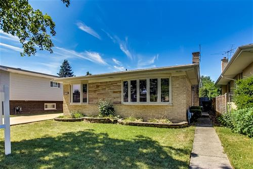 2806 Downing, Westchester, IL 60154