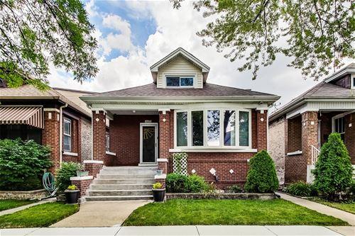 4633 N Karlov, Chicago, IL 60630 Mayfair