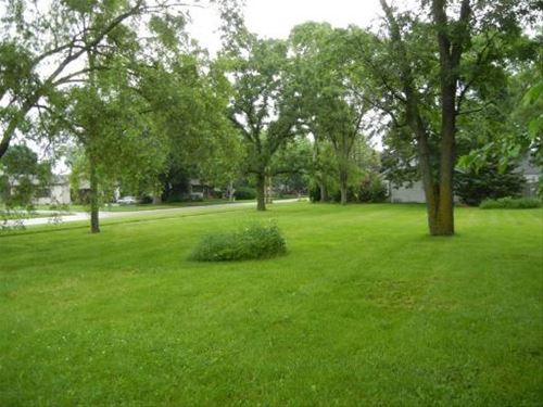 287 Charlotte, Crystal Lake, IL 60014