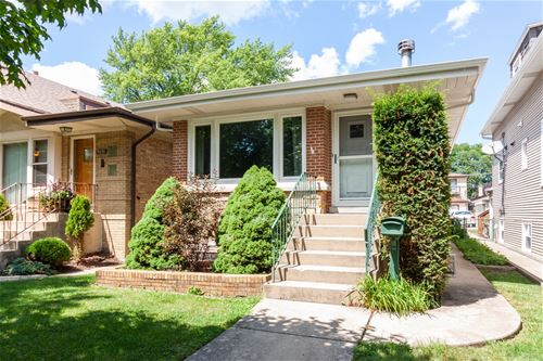 5634 W Leland, Chicago, IL 60630