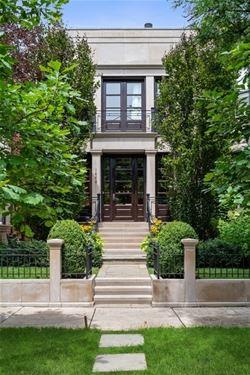 1446 W Belle Plaine, Chicago, IL 60613 Graceland West