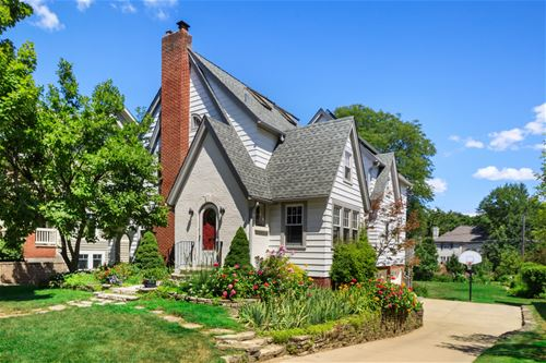 4709 Seeley, Downers Grove, IL 60515
